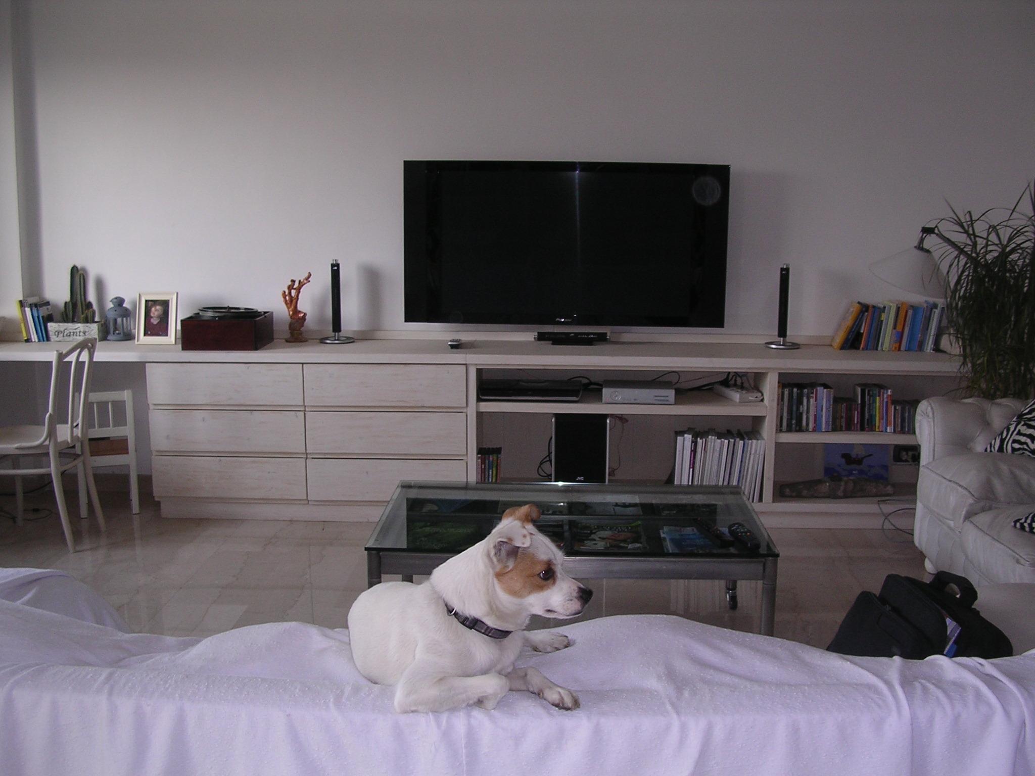 Soggiorno disegno Classico : Salotto moderno bianco prodotto dalla falegnameria rd arredamenti di ...