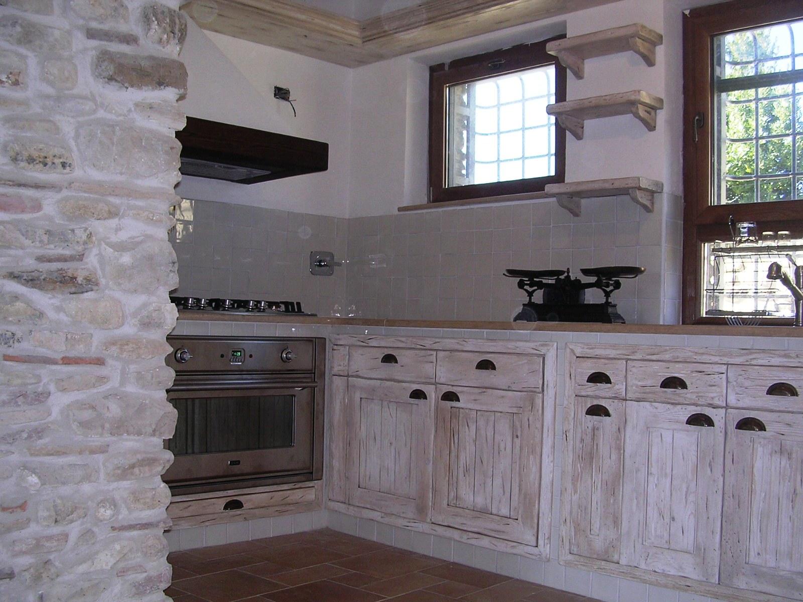 Cucine in muratura e componibili rd arredamenti - Cucine fai da te in legno ...