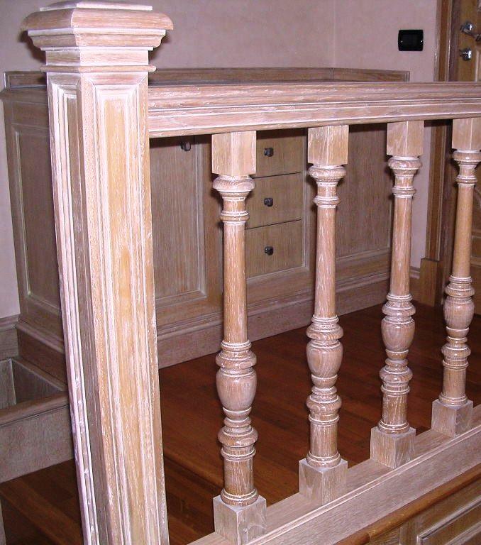 Scala in legno rovere sbiancato falegnameria rd for Corrimano in legno roma