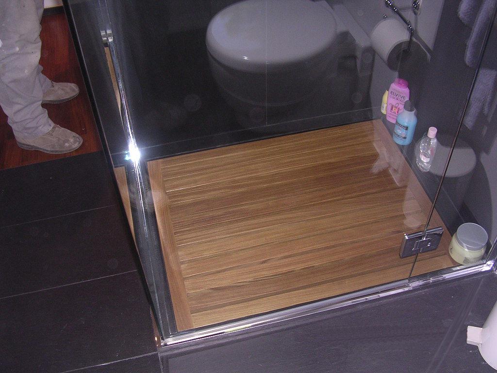 Pedana per doccia falegnameria rd arredamenti s r l - Pannelli decorativi fai da te ...
