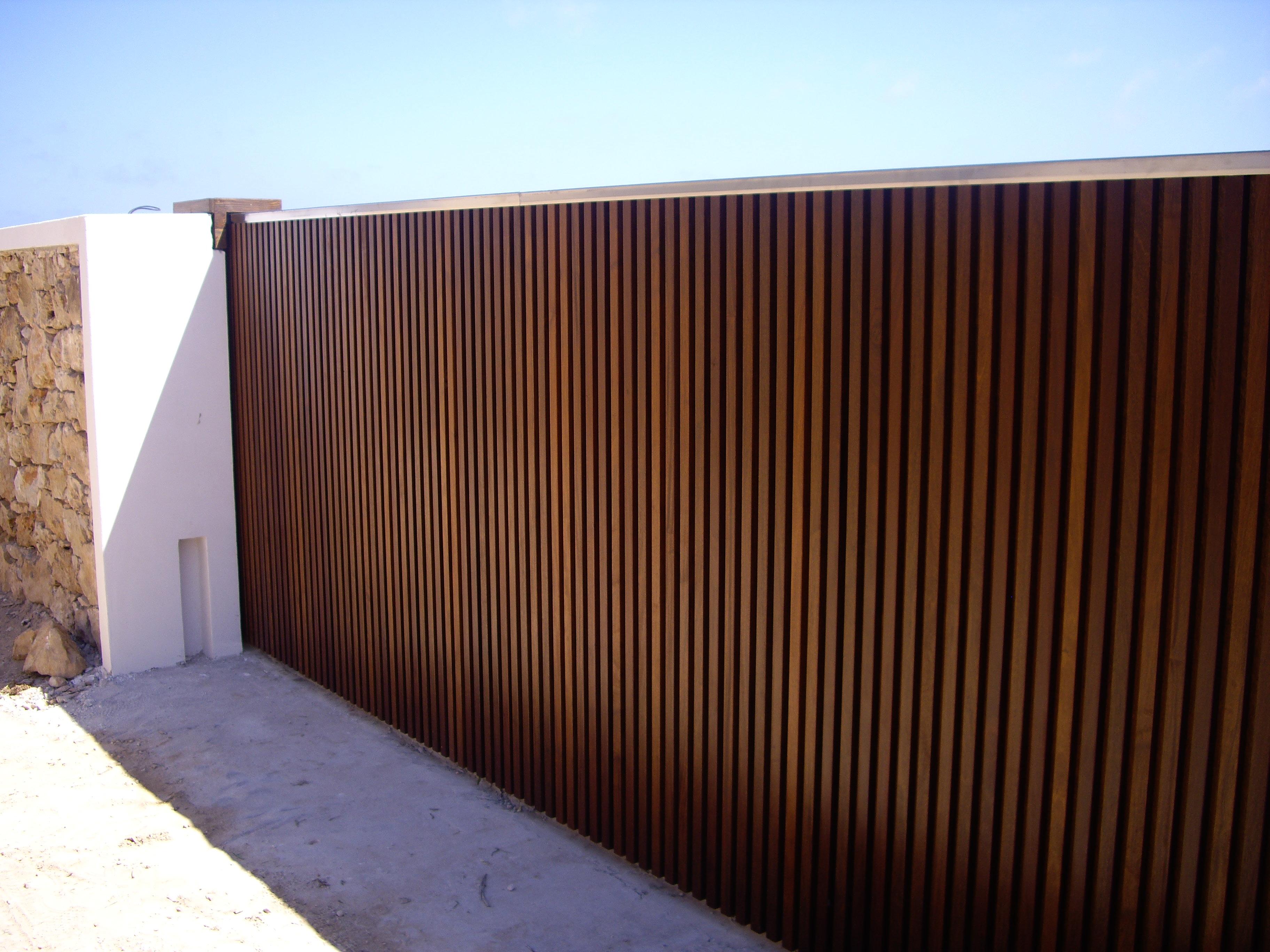 Cancello Esterno Moderno : Cancello esterno interno di casa smepool.com